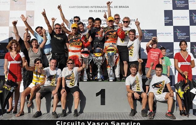 Podiums-Intrepid-kart-international.jpg